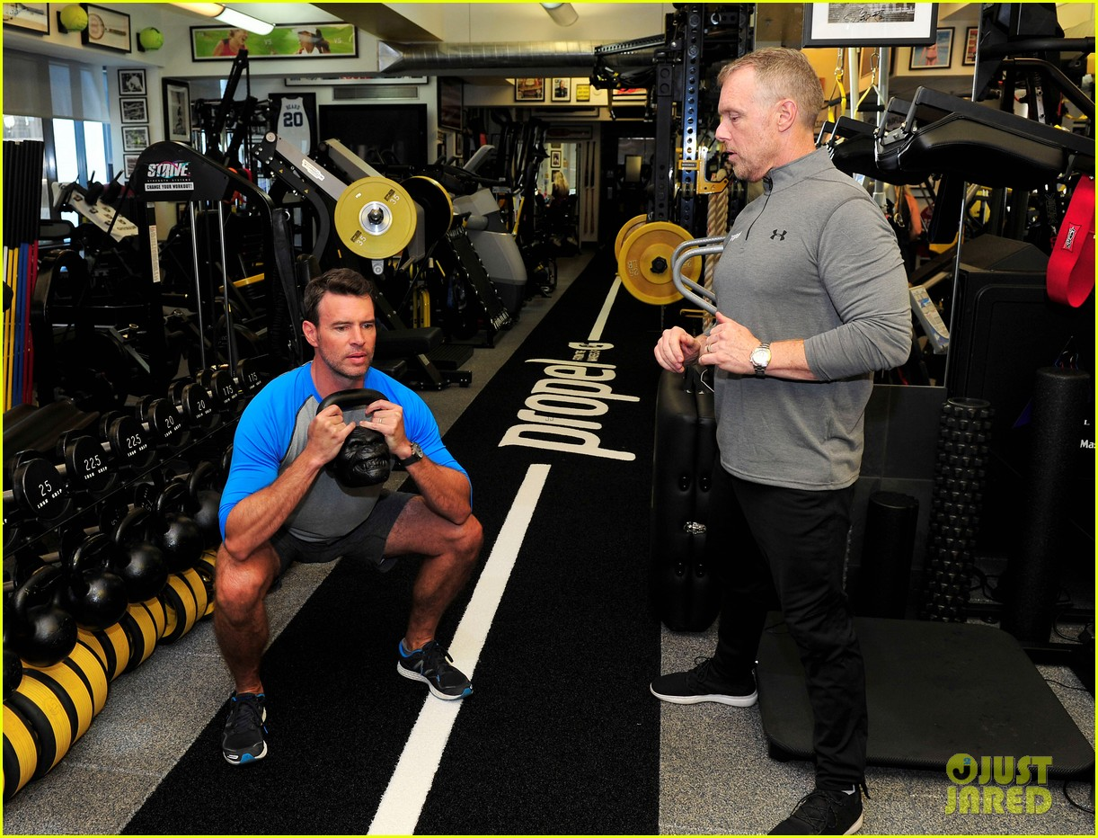 scott foley takes us into his workout with gunnar peterson 323933899