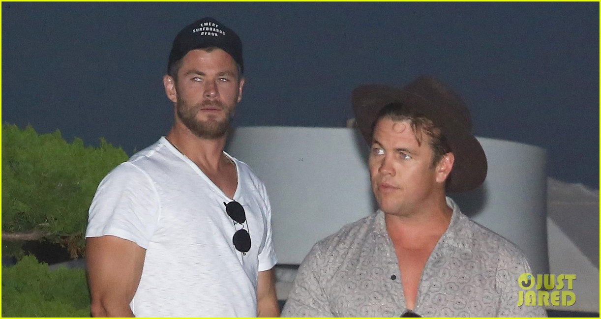 chris luke hemsworth nobu dinner 053933611