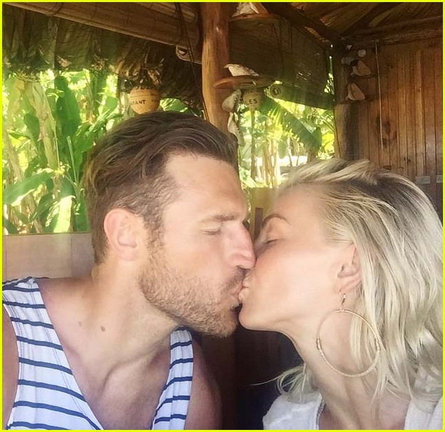 julianne hough brooks laich share honeymoon photos 013929349