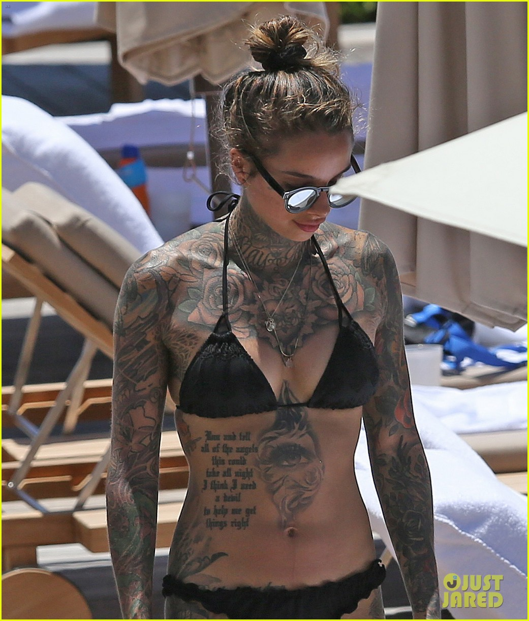 Joel Kinnaman Wife Cleo Wattenstrom Bare Hot Tattoed Bodies In Hawaii 14 on happy birthday arnold schwarzenegger