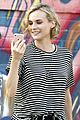 diane kruger spotted facetiming with boyfriend norman reedus 06