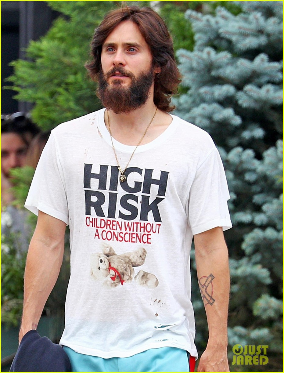 jared leto shows off his full beard in nyc 043930456