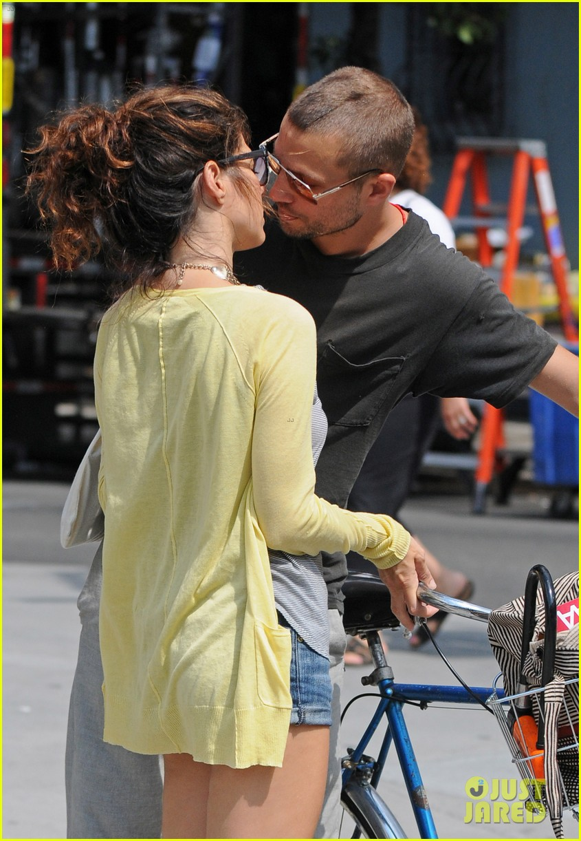 spider mans marisa tomei logan marshall green were once a couple 053924512