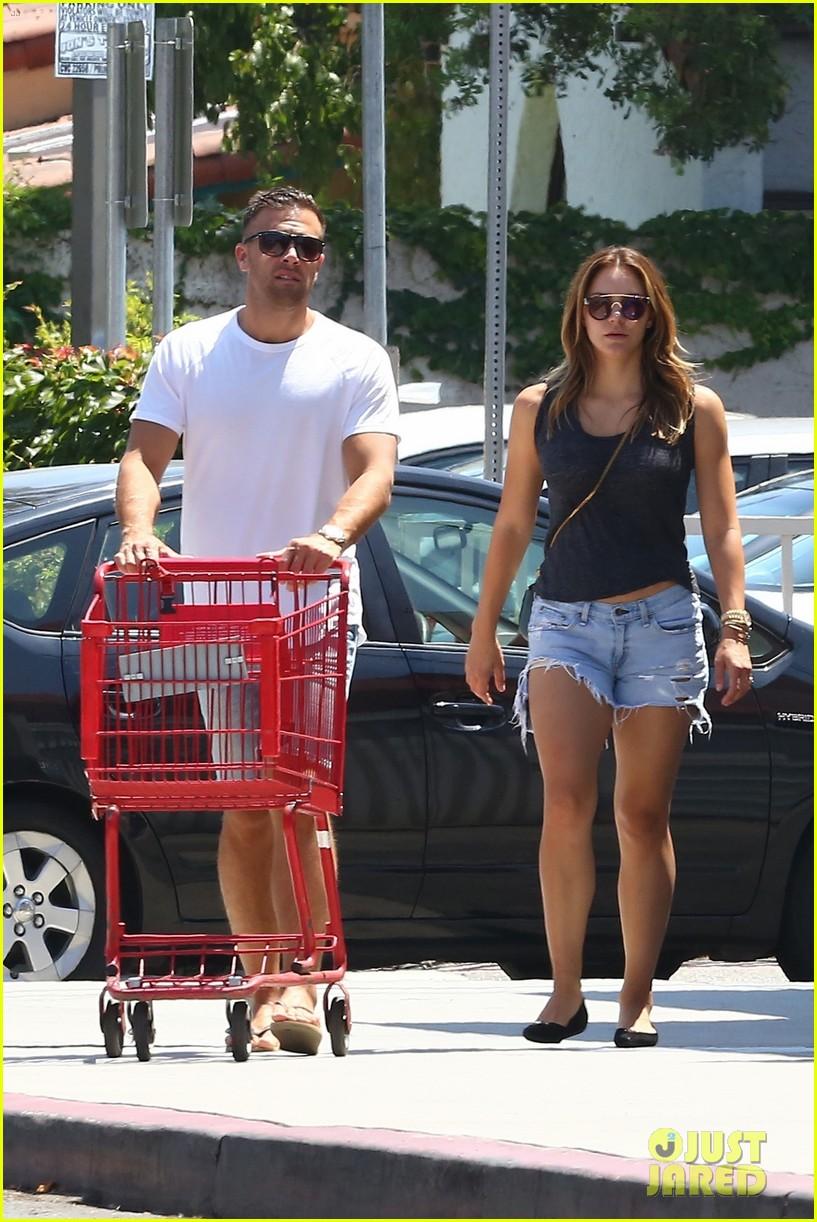 katharine boyfriend nick stock up on groceries 053933107
