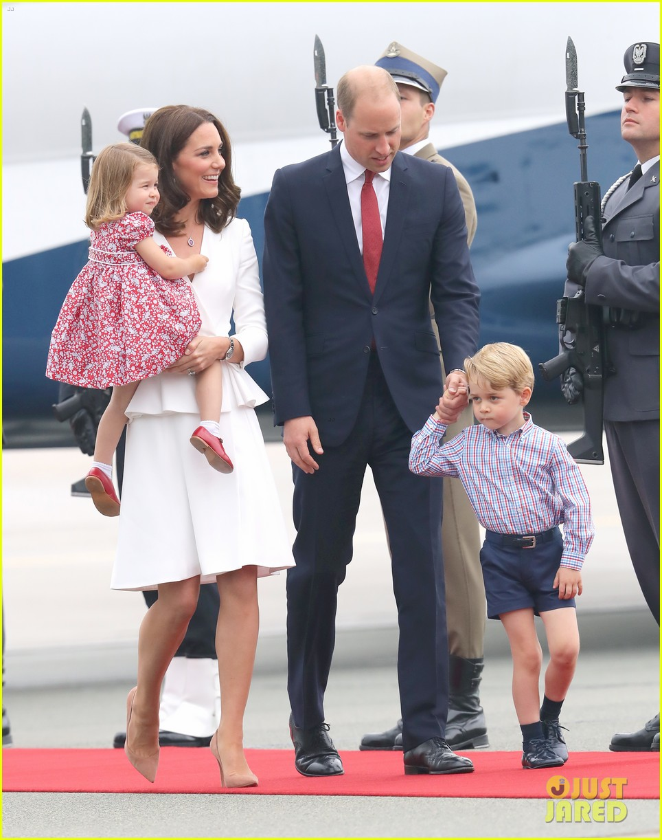 kate middleton prince william arrive in poland with george charlotte 133929252