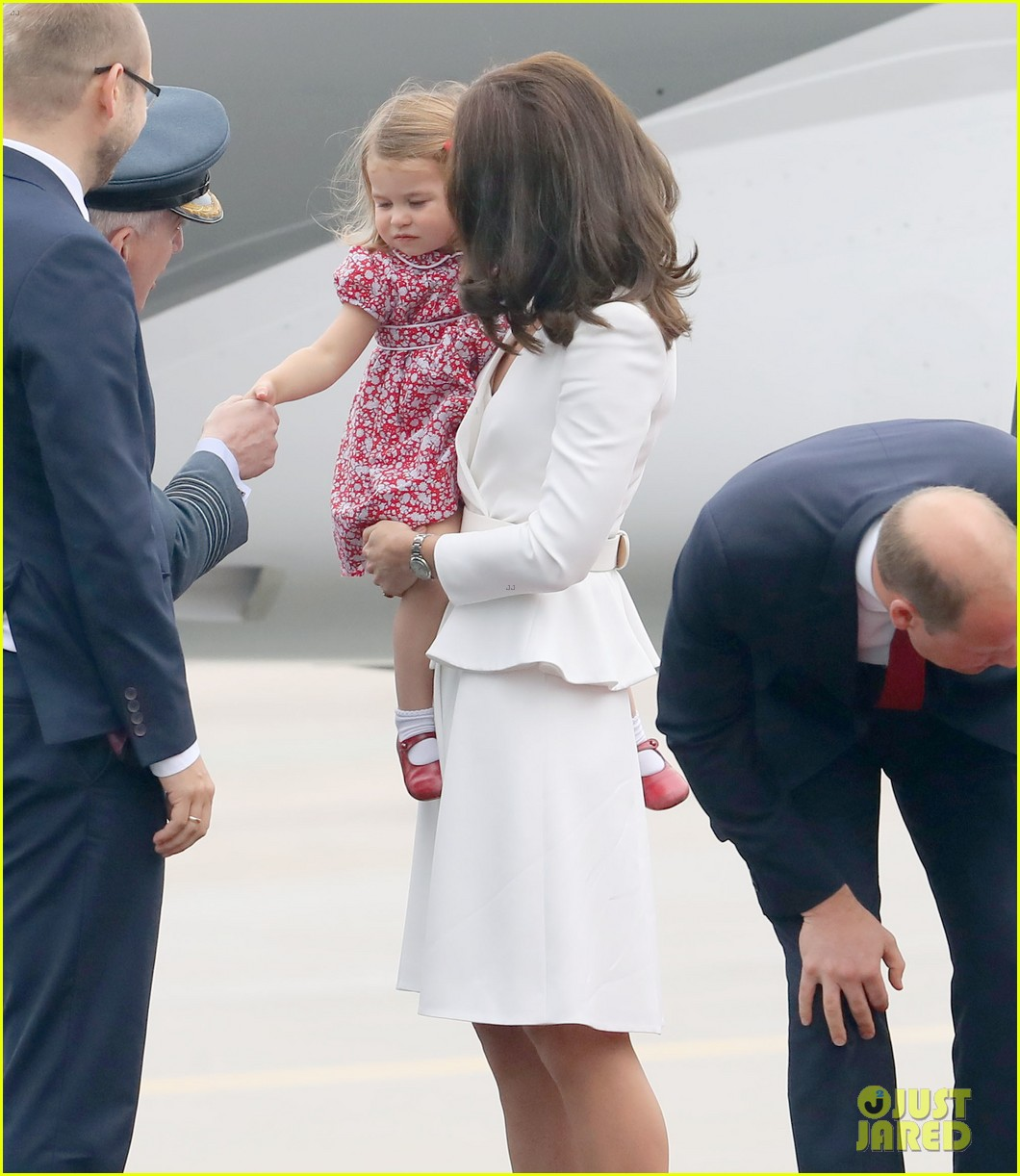 kate middleton prince william arrive in poland with george charlotte 25