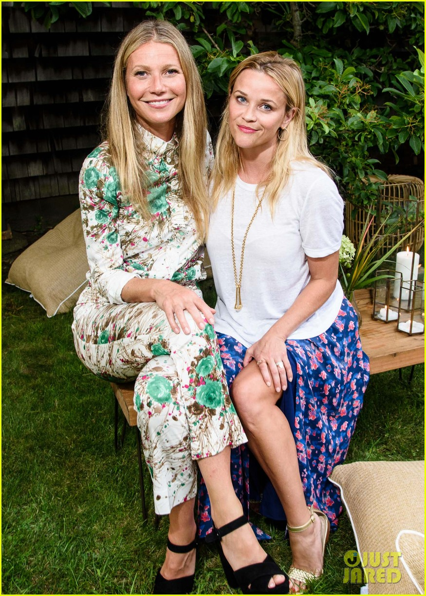 gwyneth paltrow matches her mom at goop mrkt party 033931446