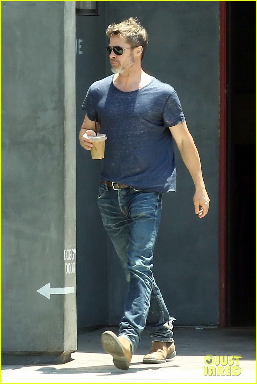 brad pitt sips on iced coffee after lunch with friends 01