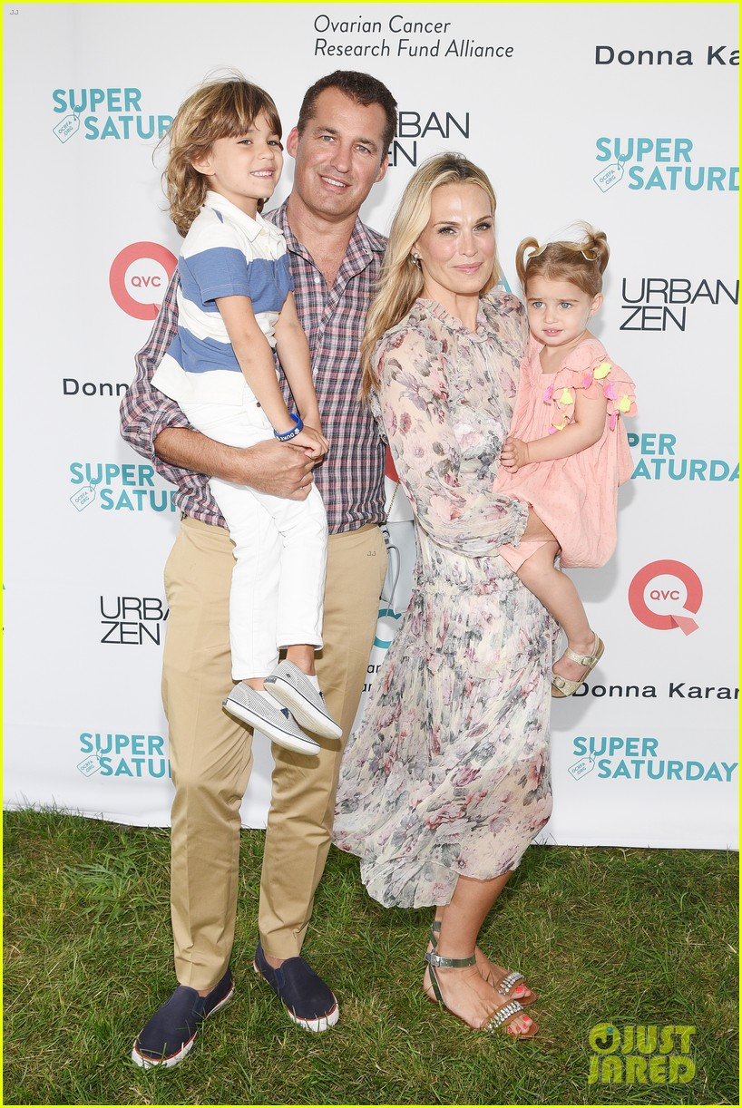 molly sims brooks stuber bring their kids to charity event 043935444