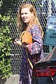 amy adams looks stunning while going makeup free in la 04