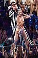 miley cyrus promises to be good at vmas 2017 02