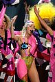 miley cyrus promises to be good at vmas 2017 20