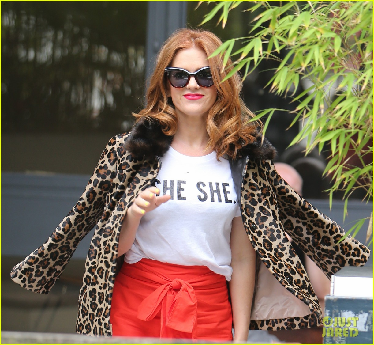 Full Sized Photo Of Isla Fisher On Making People Laugh Im