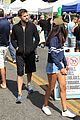 joshua jackson spends day at farmers market 08