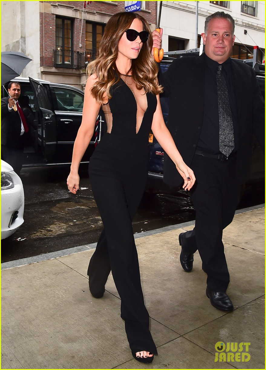 kate beckinsale only living boy in new york premiere 043938984