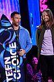 adam levine maroon 5 accept decade award at teen choice awartds 03