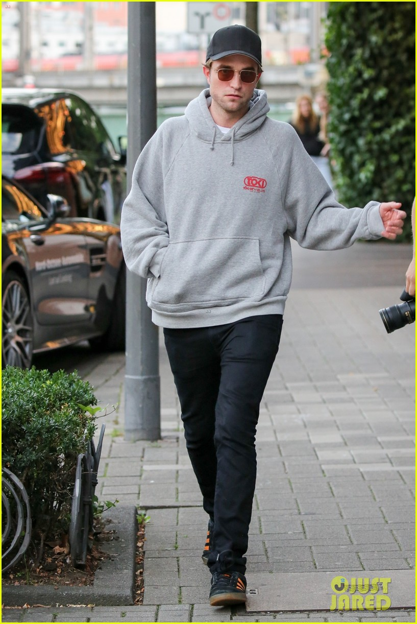 robert pattinson hangs out with co star mia goth in germany 01