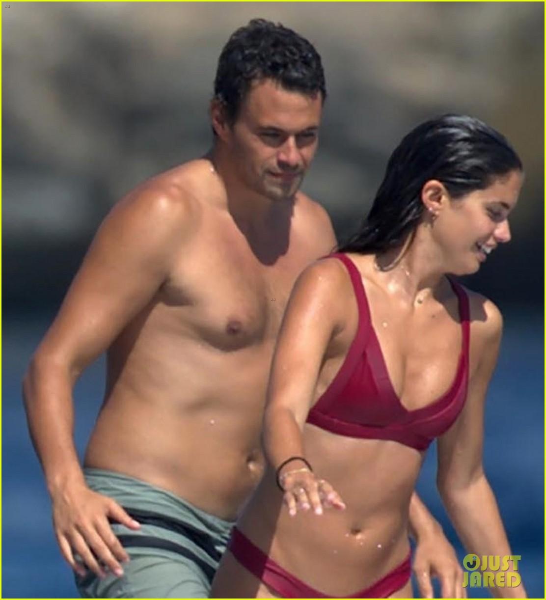 sara sampaio stuns in red bikini with oliver ripley in ibiza 053939483