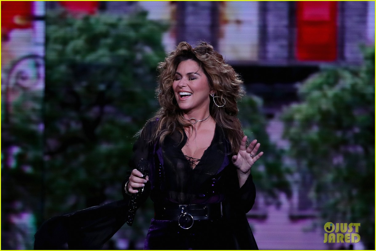 shania twaine us open performance 023947582