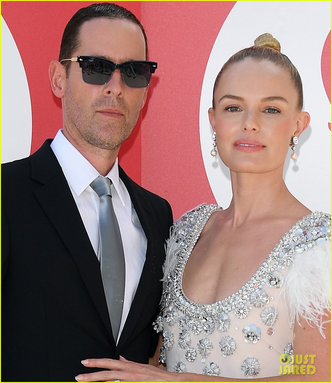 kate bosworth hubby michael polish glam up for miu miu womens tales venice 123949020