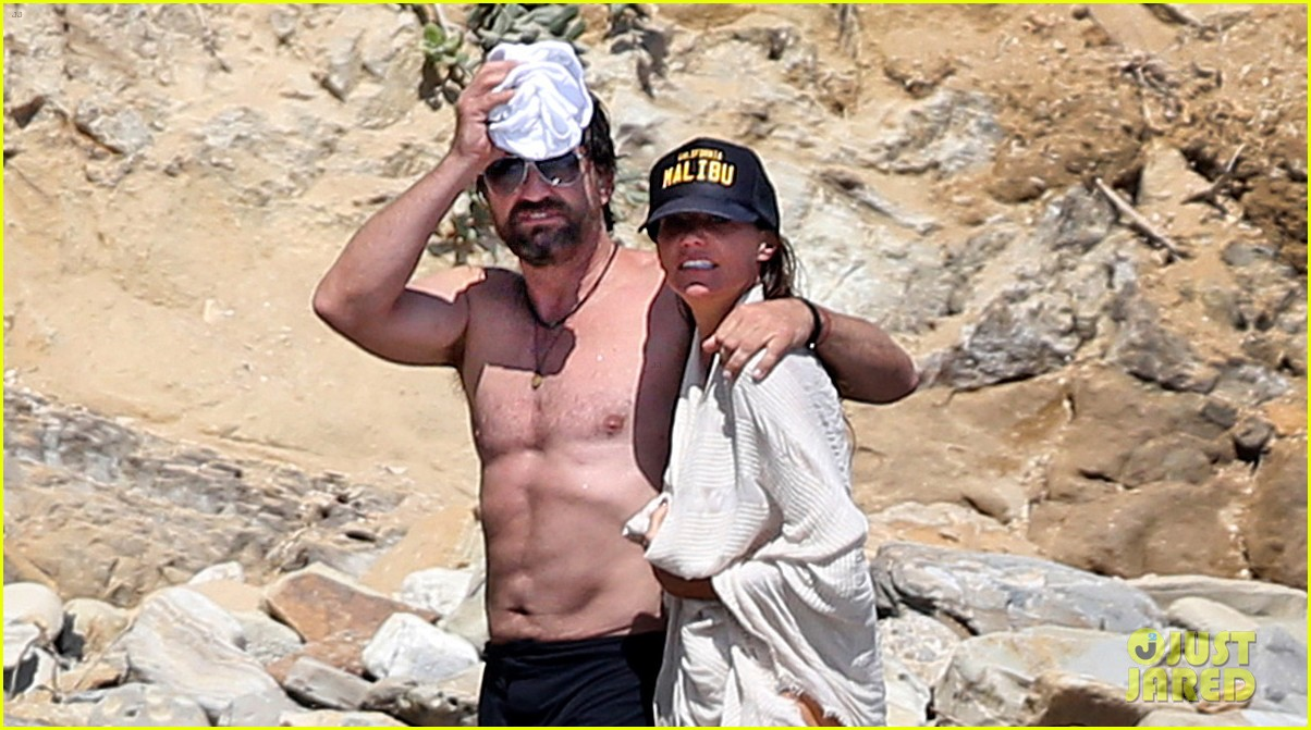 gerard butler shirtless on the beach 043955687