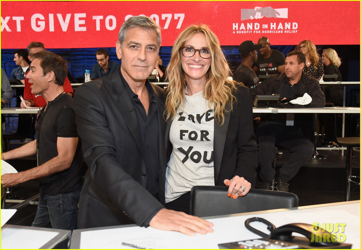 george clooney julia roberts reunite at hand in hand telethon 03