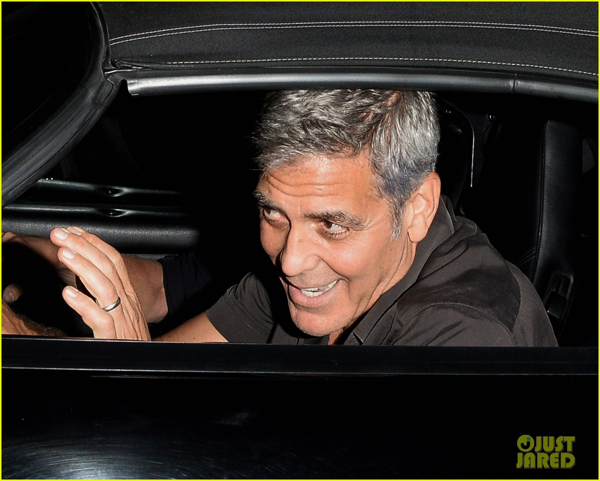 george clooney flahses his pearly whites during guys night out with rande gerber 033958888