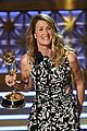laura dern wns best supporting actress for big little lies at emmy 2017 02