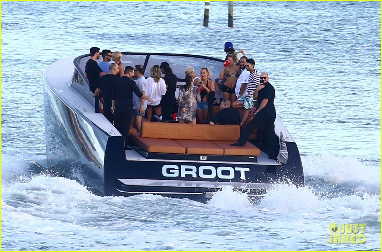 scott disick and sofia richie flaunt pda on a boat with friends2 563963036