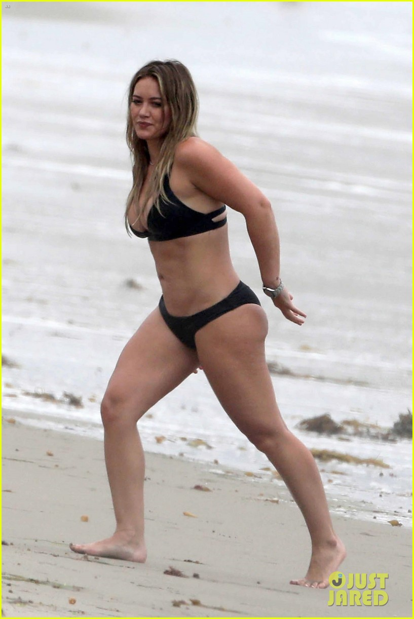 hilary duff bikini labor day 02
