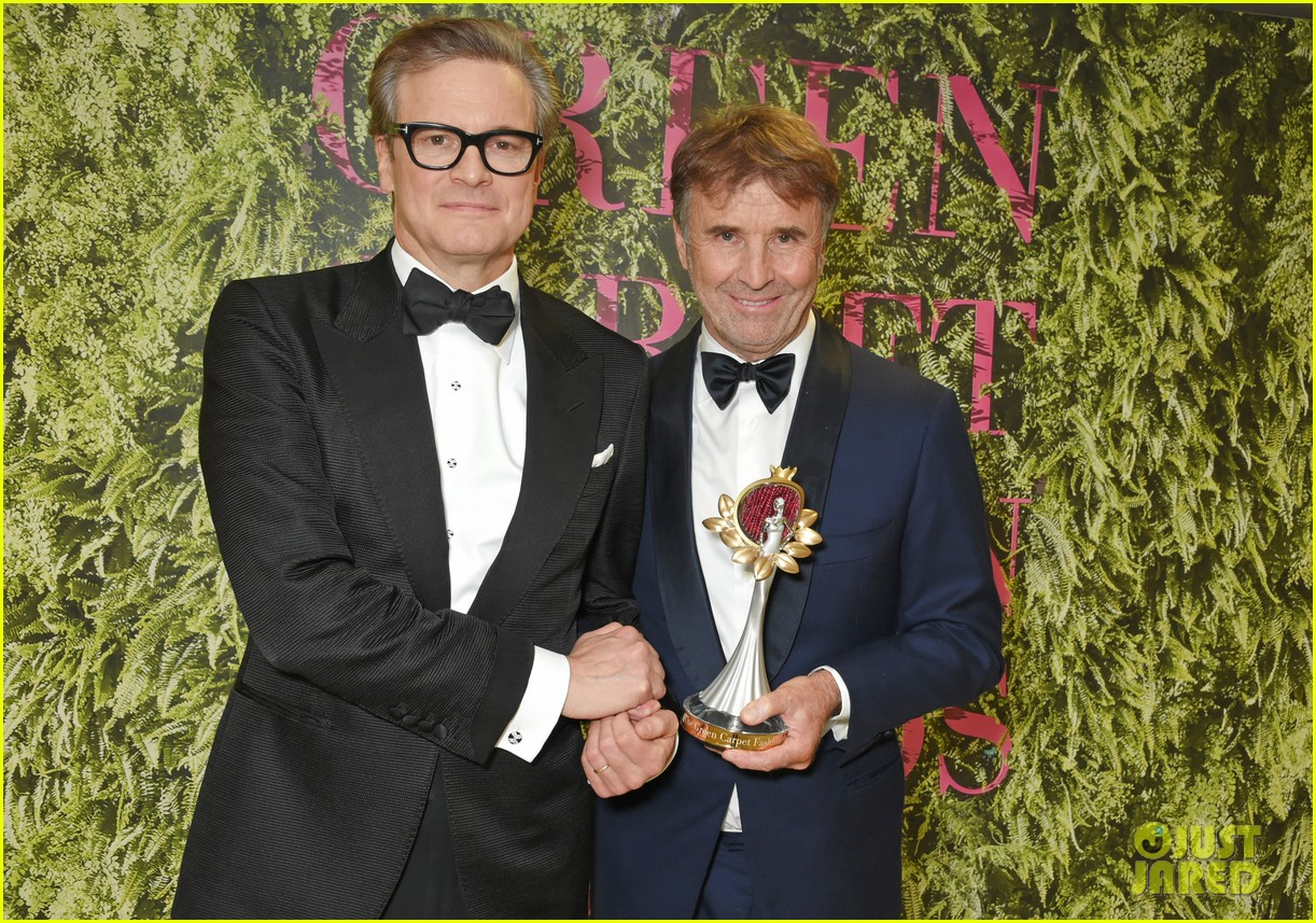 andrew garfield colin firth help honor at green carpet fashion awards 023964003