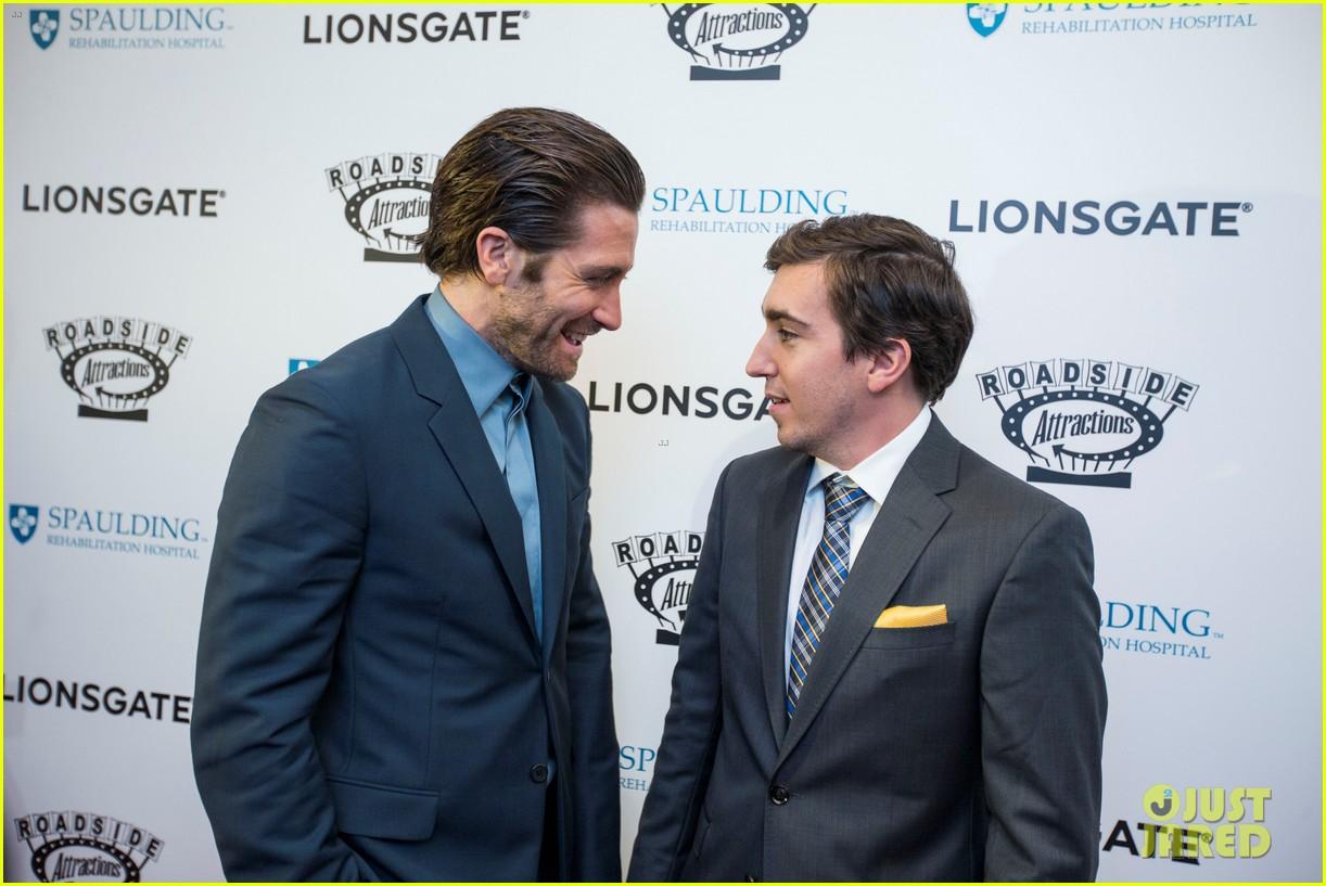 jake gyllenhaal stronger boston premiere 093956202