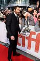 jake gyllenhaal and tatiana maslany premiere stronger at tiff 02