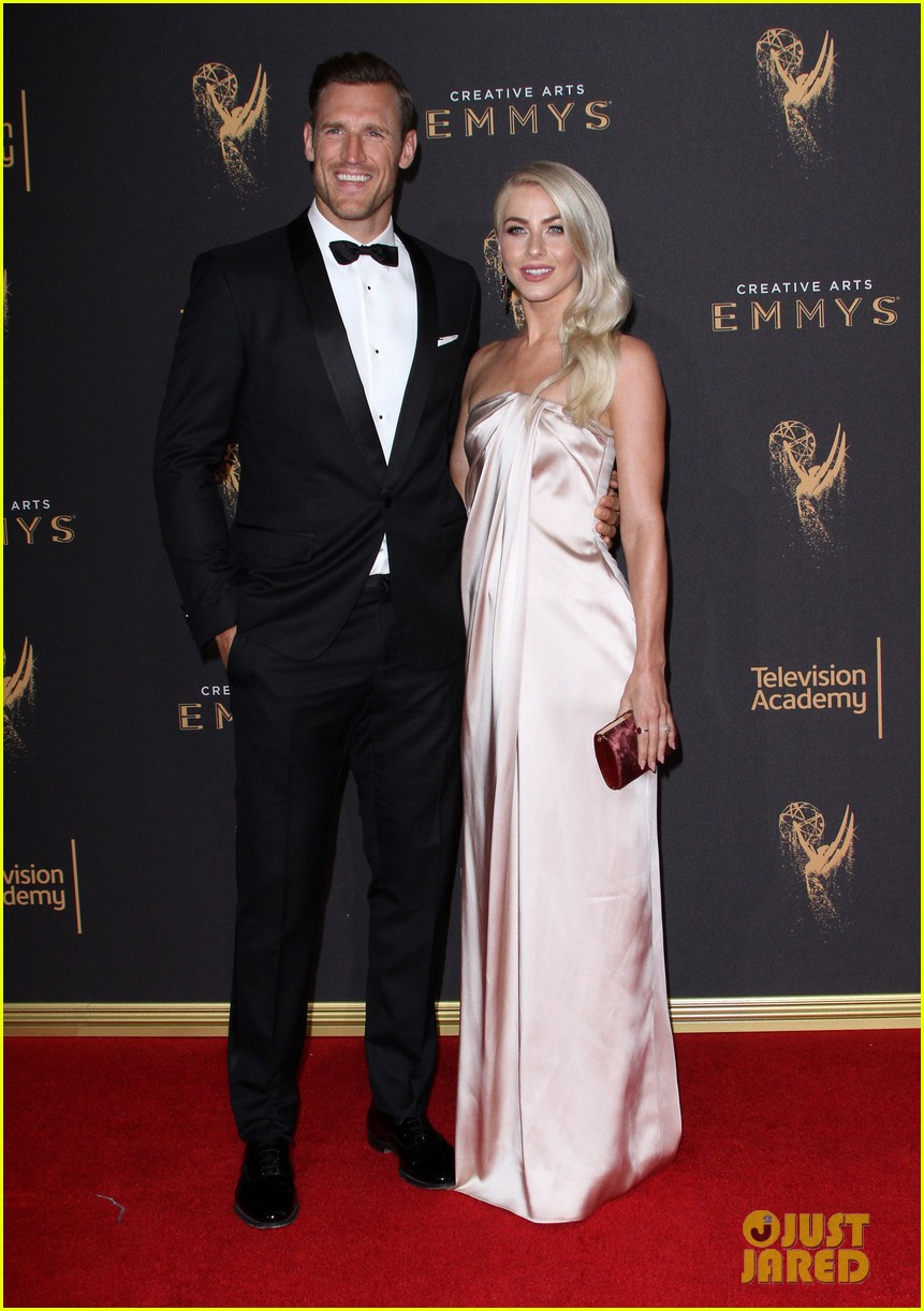 newlyweds julianne hough brooks laich attend the creative emmy awards 2017 053953933