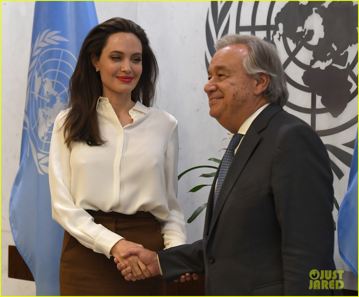 angelina jolie meets with un secretary general 03