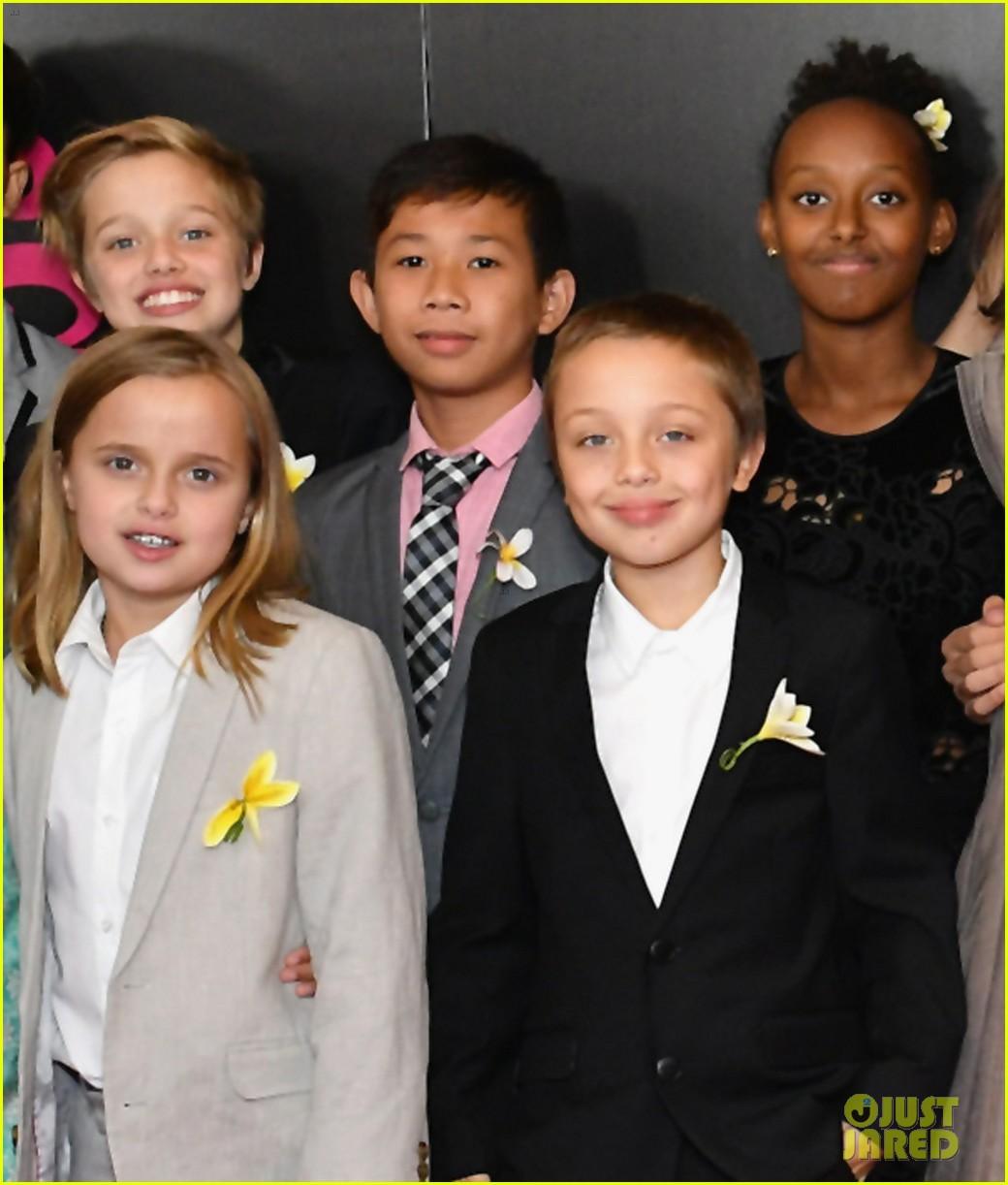 angelina jolies six kids wear yellow flowers to nyc premiere 01