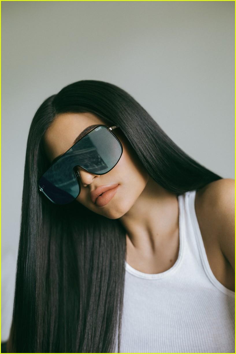 kylie jenner sunglasses line 053965637