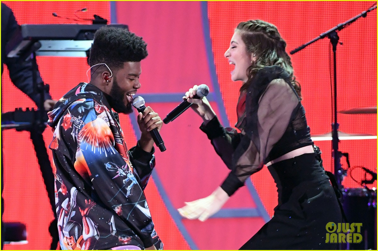 lorde brings special guests to iheartradio music festival 23