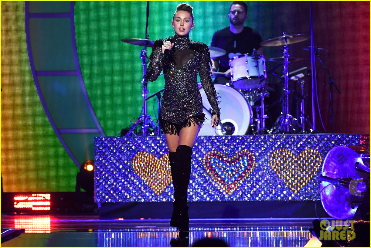 miley cyrus sparkles on stage at iheartradio music festival. 053963196