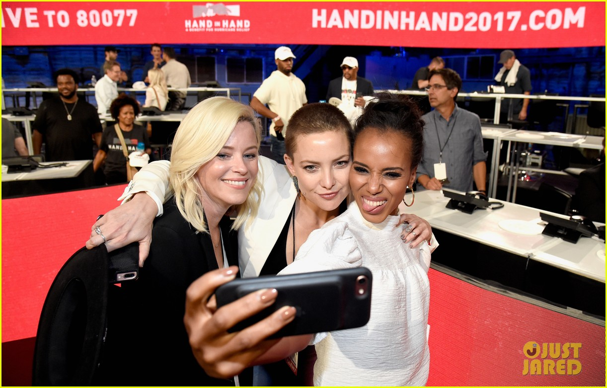 kerry washington kate hudson answer calls together at hand in hand 193956004