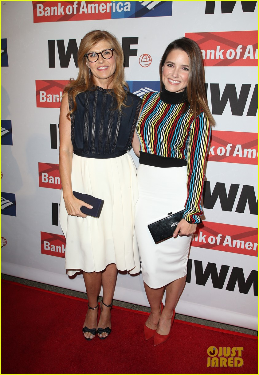connie britton sophia bush rashida jones team up at international womens media 01