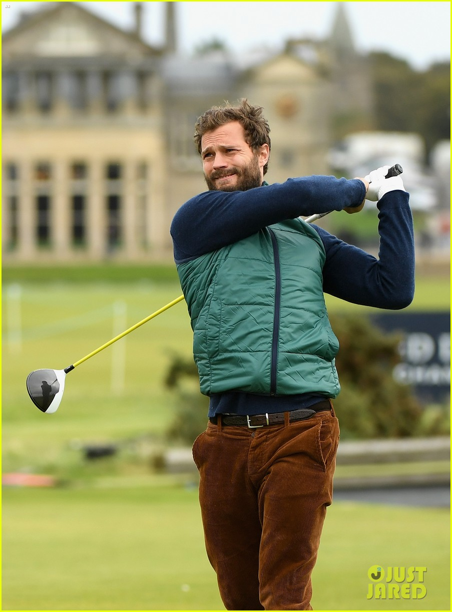 jamie dornan plays in alfred dunhill golf championship 03