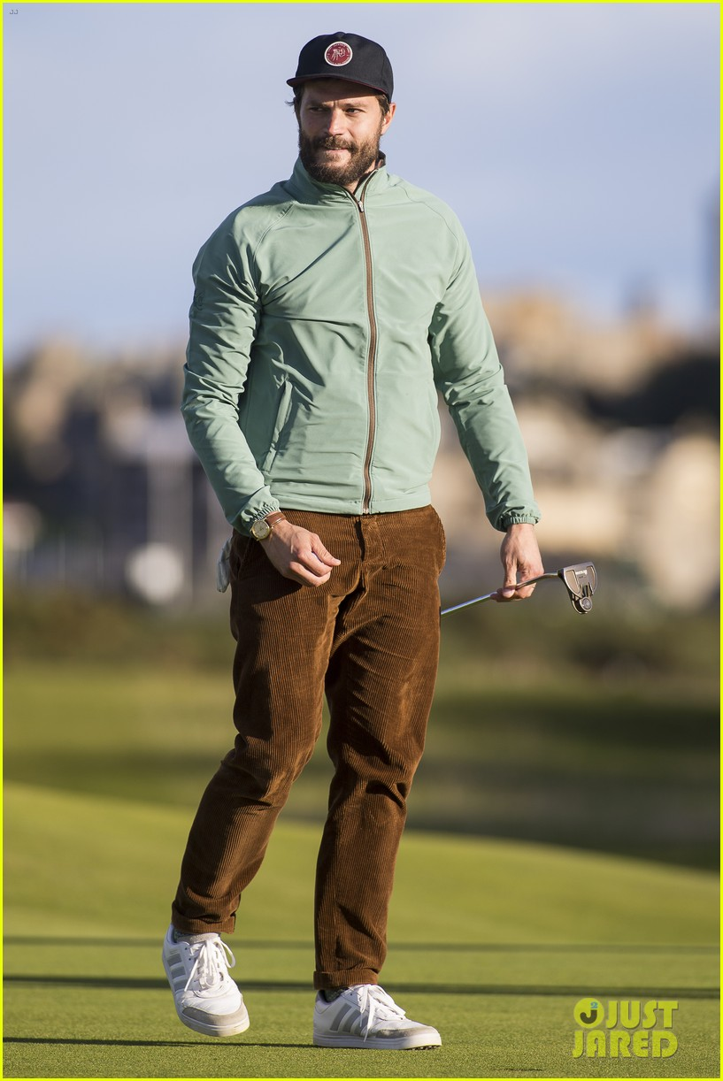 jamie dornan plays in alfred dunhill golf championship 33