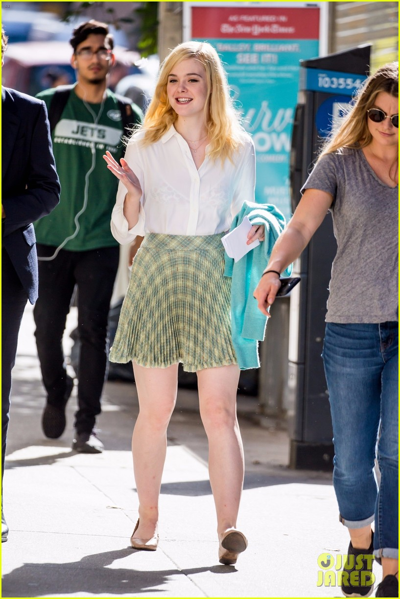 elle fanning timothee chalamet film woody allens upcoming film around nyc 043971699