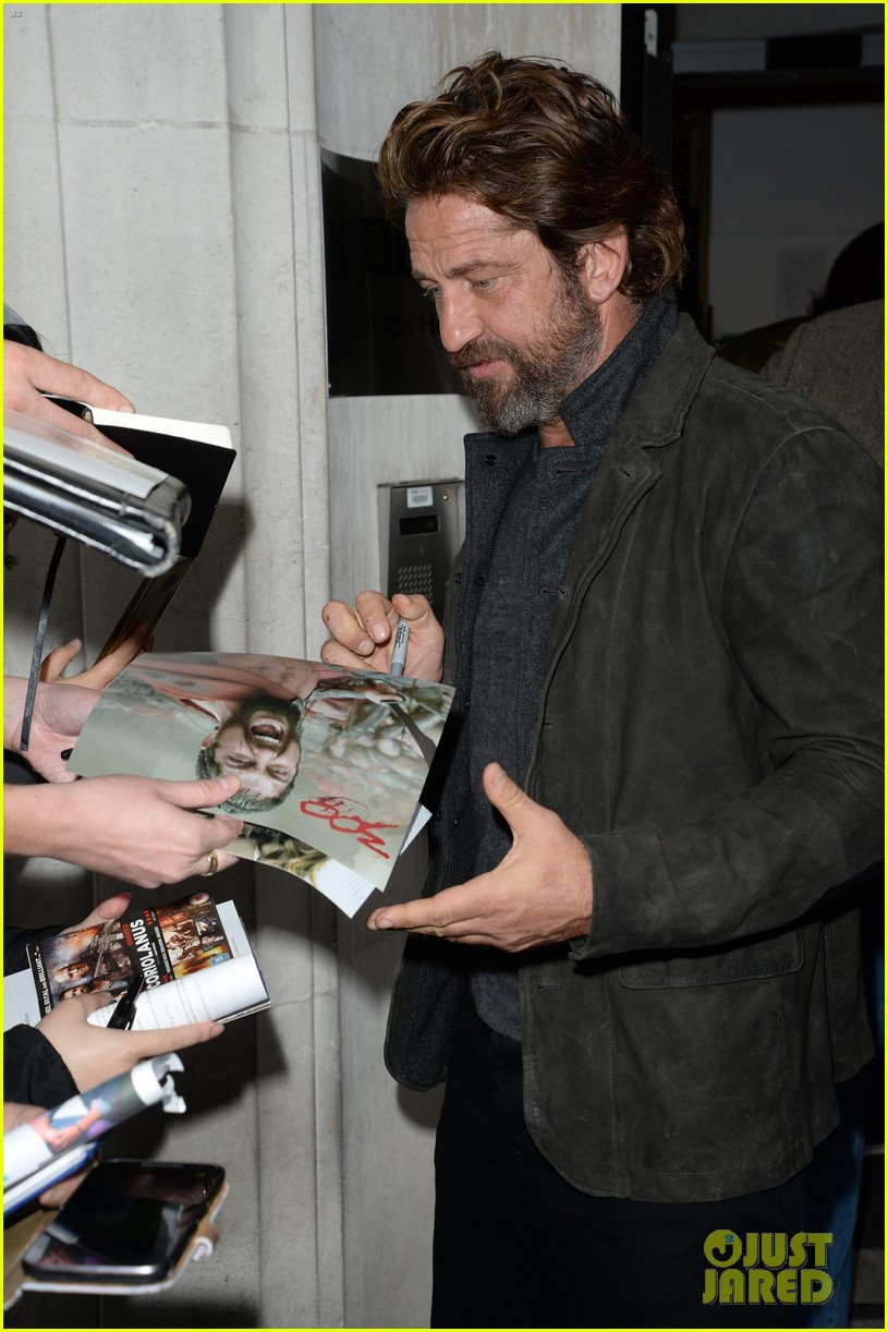 gerard butler meets fans in london 063975745