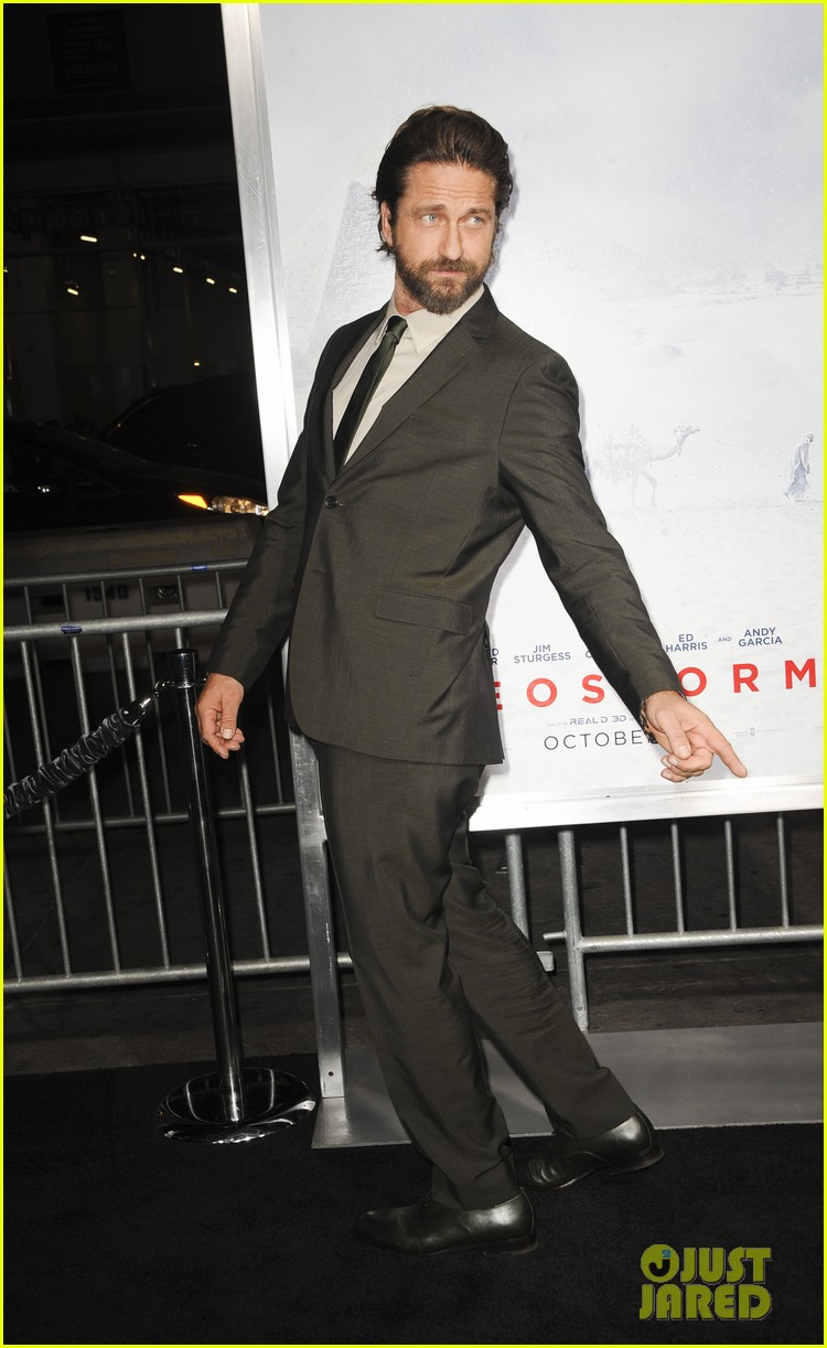 gerard butler geostorm premiere after motorcycle accident 153973565