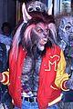 heidi klum transforms into thriller werewolf for halloween 2017 07