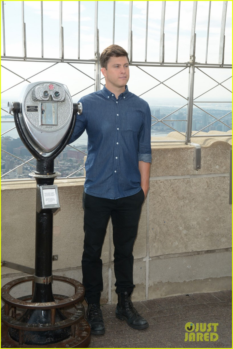 colin jost lights the empire state building in nyc 12
