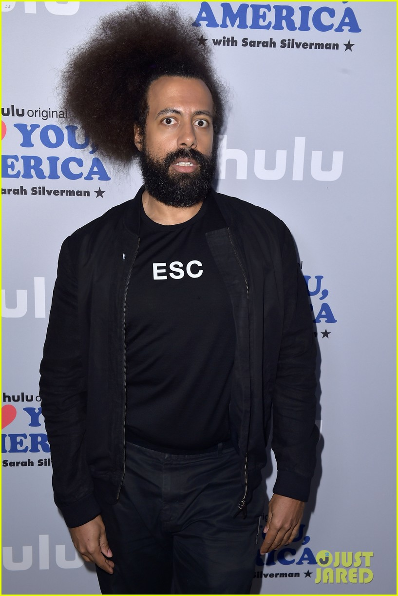 sarah silverman gets support from boyfriend michael sheen at i love you america 093971510