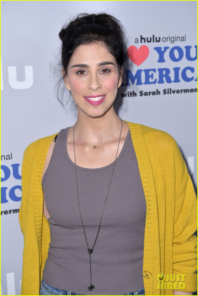 sarah silverman gets support from boyfriend michael sheen at i love you america 143971515